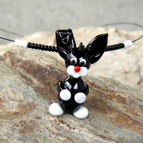 Zajíc černý - vinutá perle