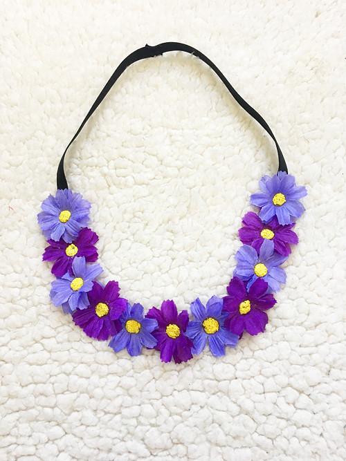 Květinová čelenka do vlasů na gumě - fialky lila