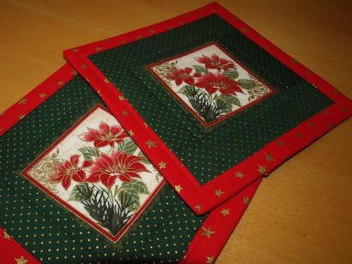 Vánoční prostírka pod hrneček-vánoční hvězda