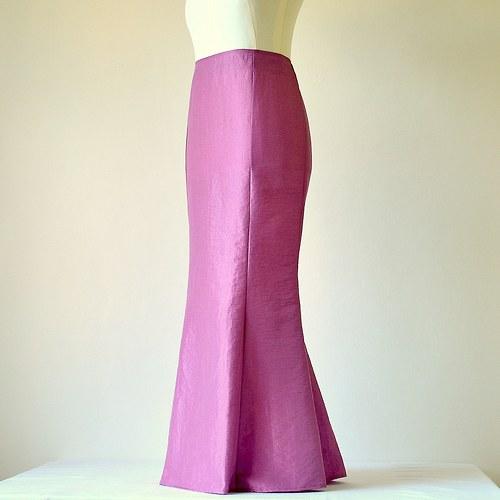 Starorůžová taftová sukně (sleva z 1177,-Kč)