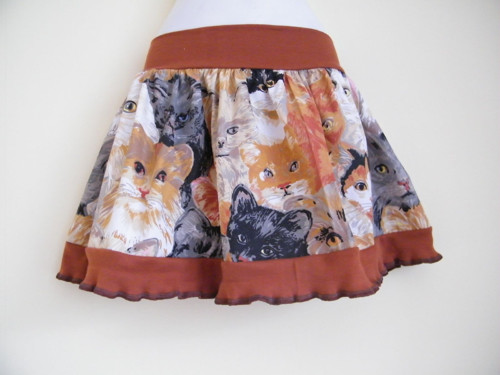 Sukně pro kočičí královnu