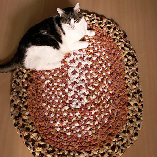 kobereček - hadrák - spletený - oválný