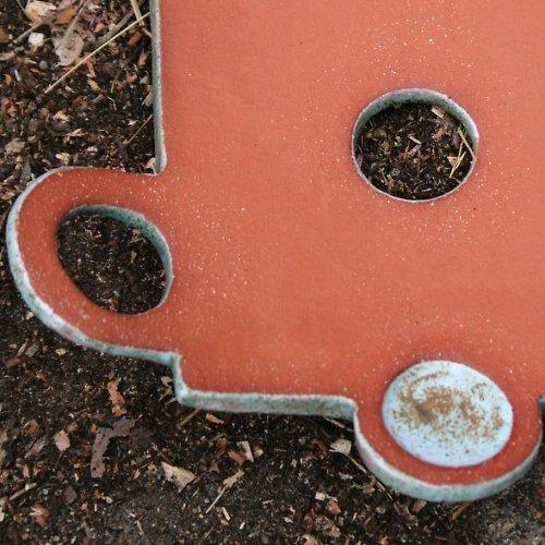 Kolečková mísa z červenice