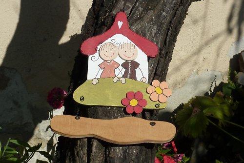 Dřevěná cedulka na dveře ŠŤASTNÁ RODINKA