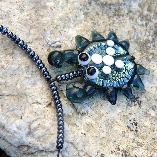 Náhrdelník krab - montán - vinutá perla