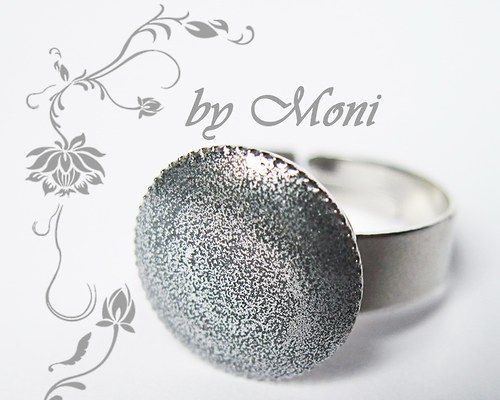 Prstýnek stříbrný