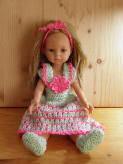 Háčkovaná sada oblečků pro panenku