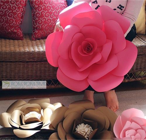 Velká papírová kytka, sytě růžová, 50cm