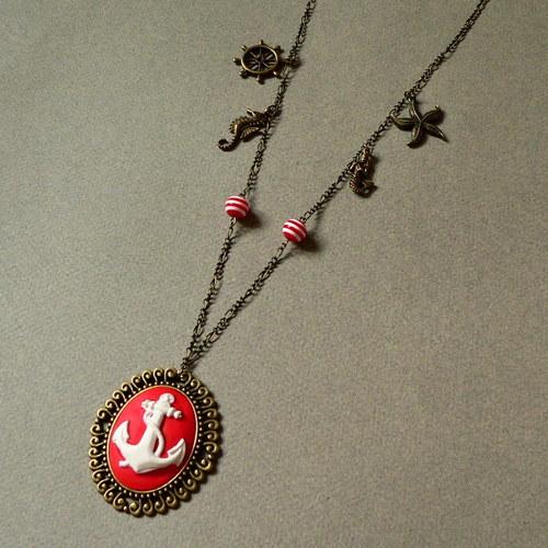 Námořnický náhrdelník červený