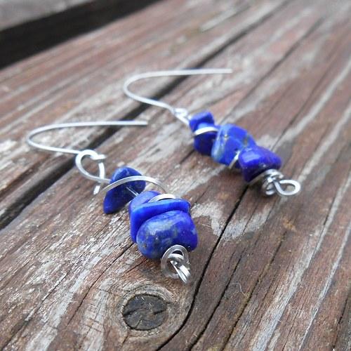 náušnice z lapisu lazuli
