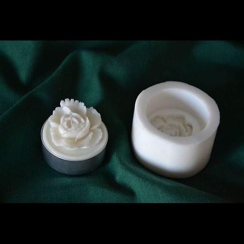 Silikonová forma na čaj. svíčku - Květ 1 růže