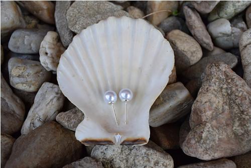 Elegantní náušnice ze stříbrných perel