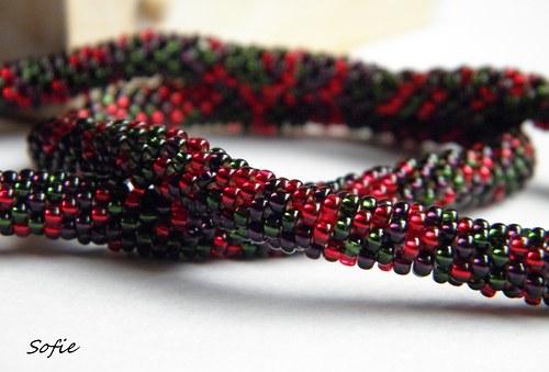 náhrdelník červeno zelený