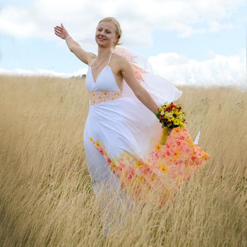ORIGINÁLNÍ SVATEBNÍ ŠATY aneb jak rozzářit nevěstu