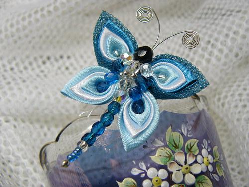 Motýlková brož