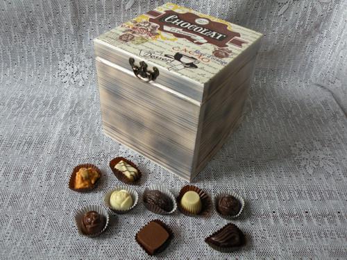 Originální,dárková krabička CHOCOLAT vintage