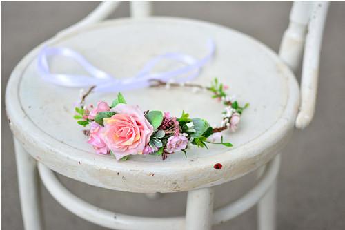 Jemný romantický květinkový věneček
