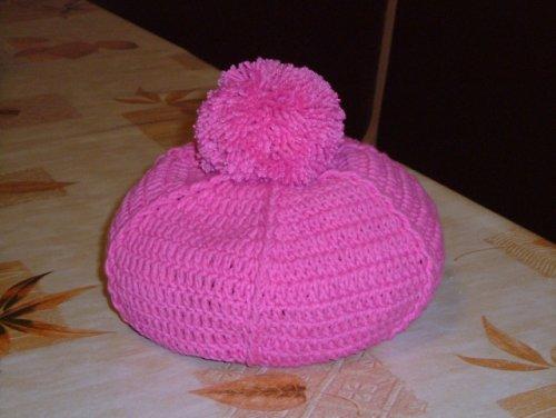 Háčkovaný podzimní baret