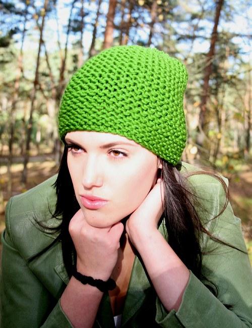 Zelená  s bambulí..........