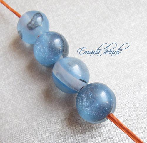 Resin korále s leskem, modrá 1,2 cm