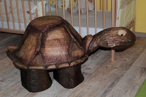 """Dřevěný taburet \""""Želva\""""  do interiéru - ze suchého"""