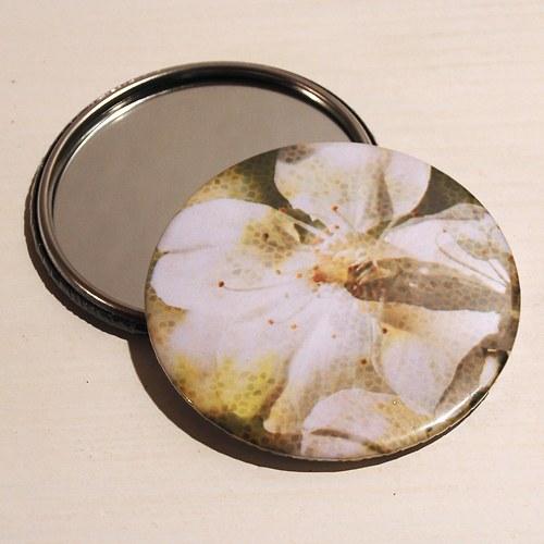 Zrcátko jabloň (75 mm) s pytlíčkem