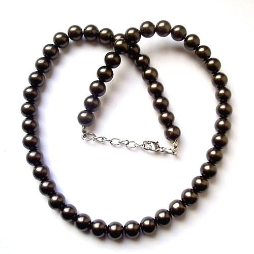 Hnědý náhrdelník