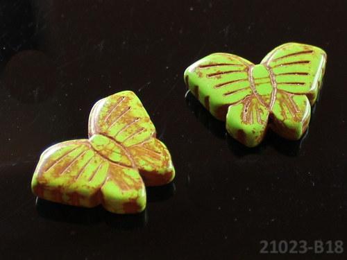 21023-B18 Motýlek z howlitu zelený 27/20, á 1ks
