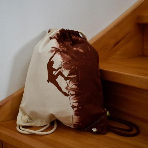 Plátěný batůžek (pytel) s horolezcem - hnědý