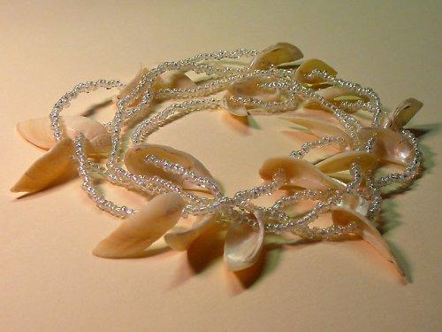 Dlouhé bílé korále s mušličkami  SLEVA