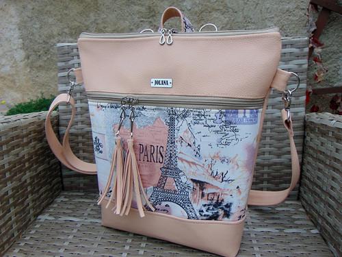 Batůžek, nebo kabelka- Paříž
