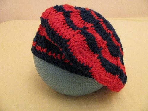 Čepice - modrá x červená