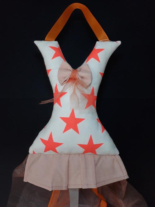 Sponkovník šaty