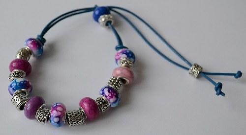 korálkový náramek modro-růžový