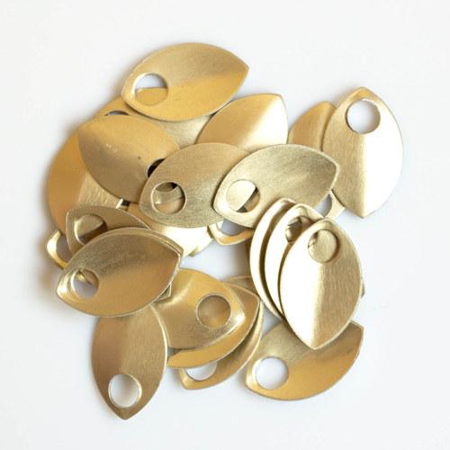 Šupiny malé zlaté