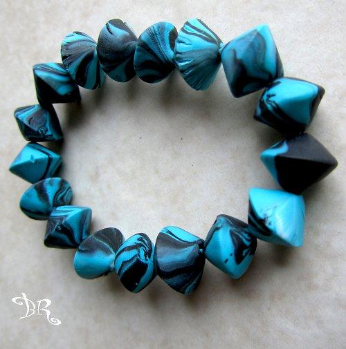 Modrý náramek