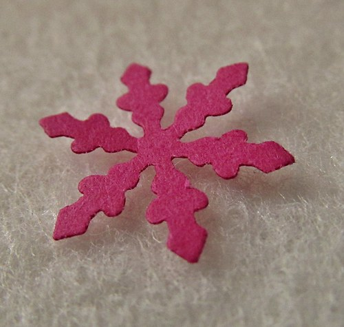Papírový výsek - HVĚZDIČKA - růžová -  30 ks