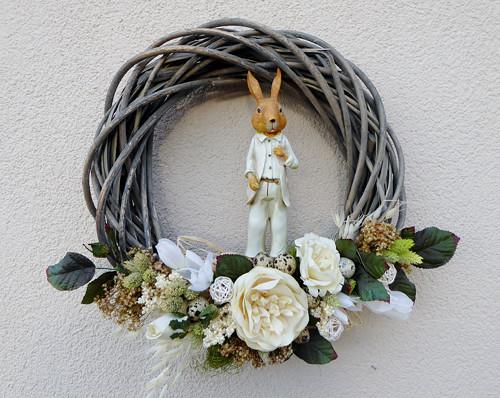 Pan Zajíc...velikonoční věnec