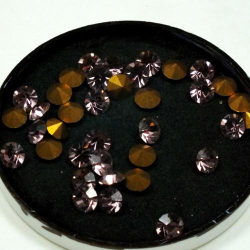 štras - šatony tmavší růžové, 35 ks, 5 mm
