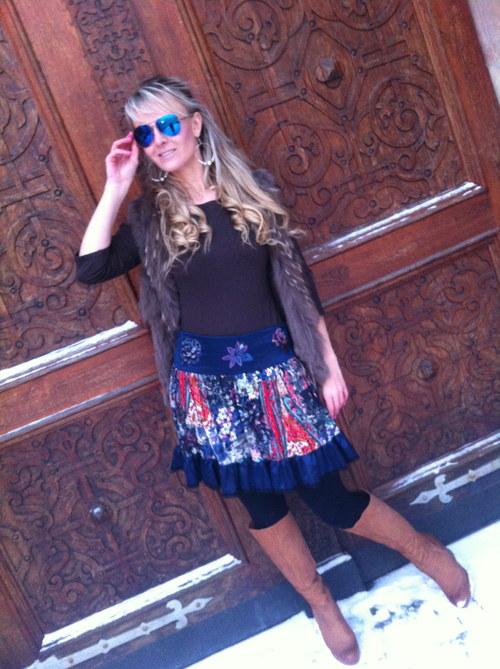 Modrá kašmír sukně