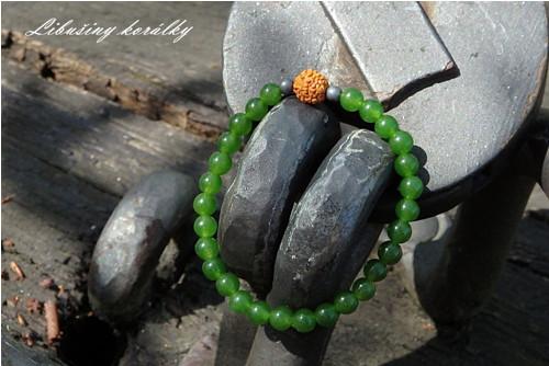 Náramek ze zeleného Nefritu s Rudrakšou