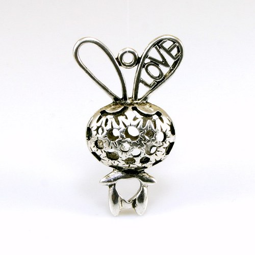 Přívěsek - šťastný zajíček LOVE 3D (1 ks)