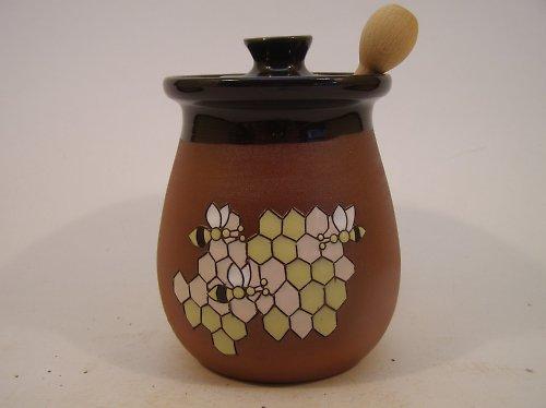 Medovník a včeličky