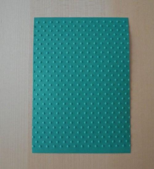 Embosovaná stránka A6 tmavě zelená - puntíky 1ks