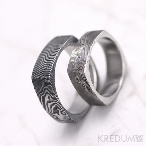 Kovaný prsten damasteel  - Round square