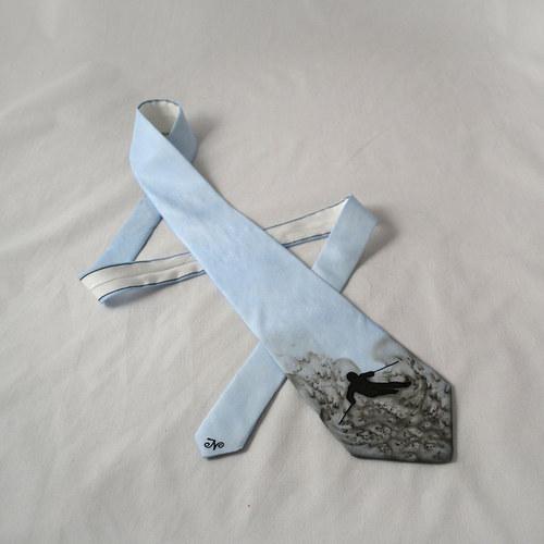 Hedvábná kravata s lyžařem modro-šedá