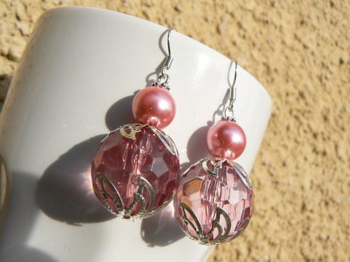 Růžové s perličkou...