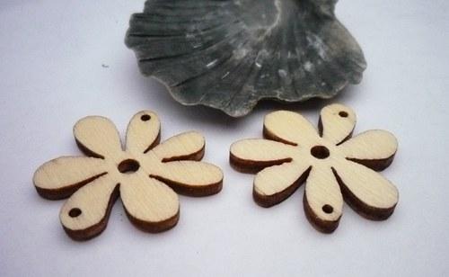 dřevěné kytičky menší 2 ks- přírodní