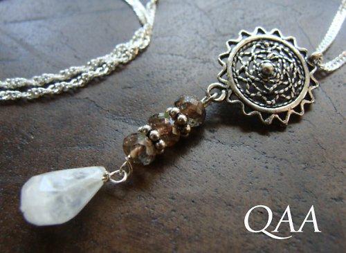 Persephone: magický náhrdelník
