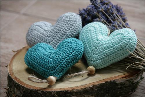 Srdíčkový závěs - mint